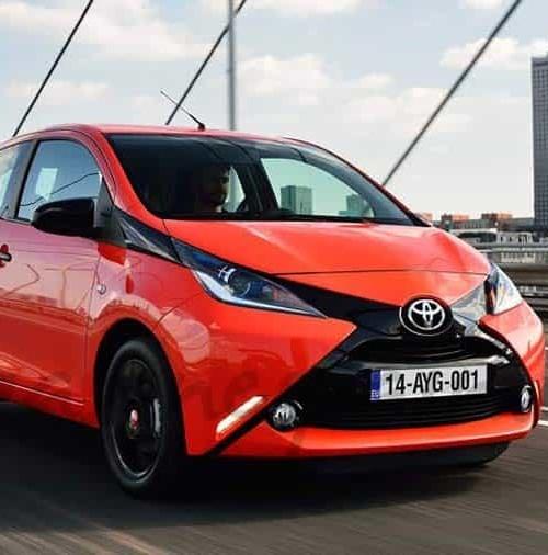 "Toyota rejuvenece el ""AYGO"""