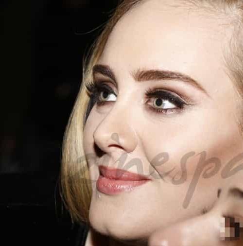Adele, homenajea en Londres a las victimas del atentado