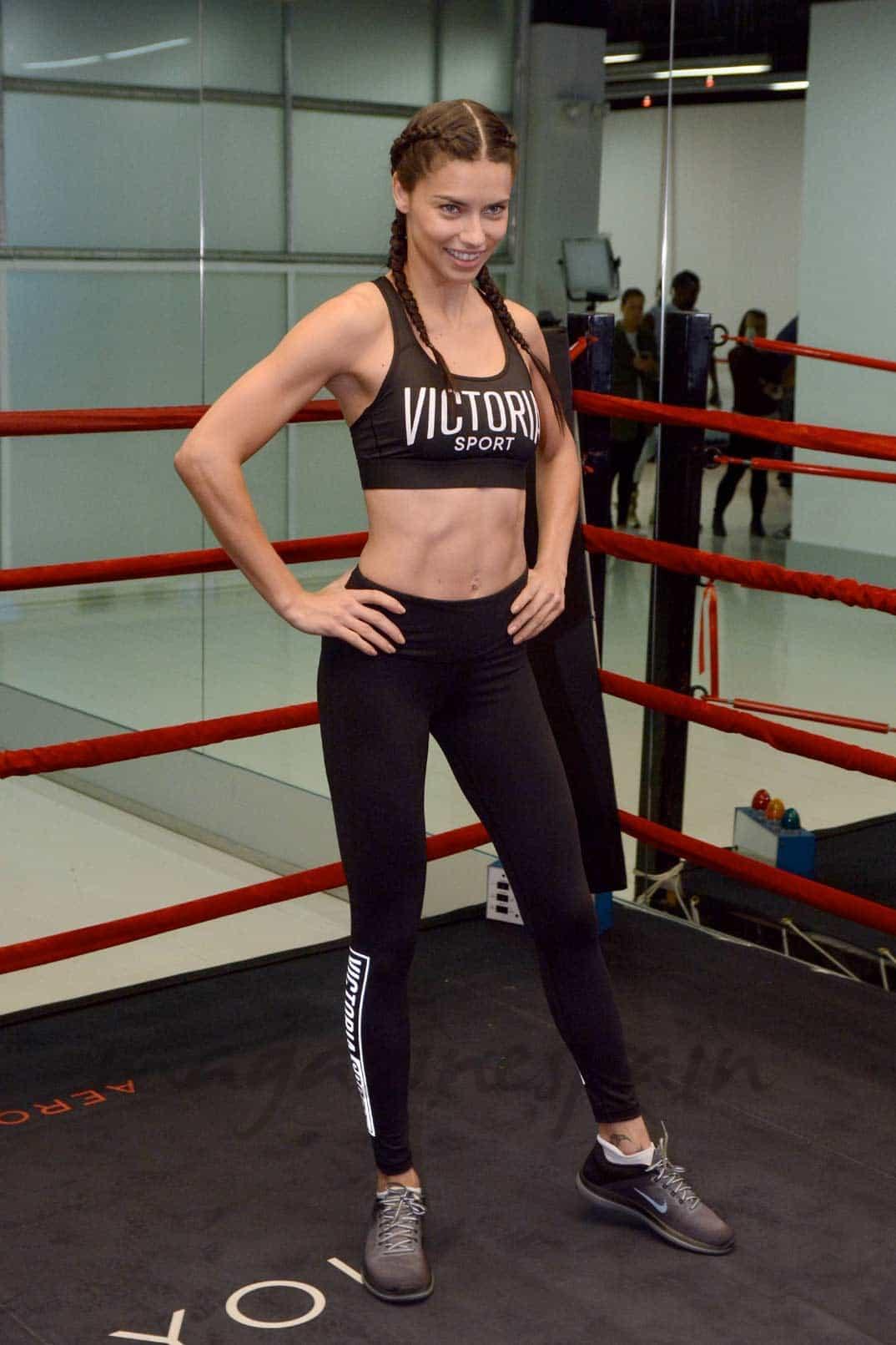 Adriana Lima train like an angel