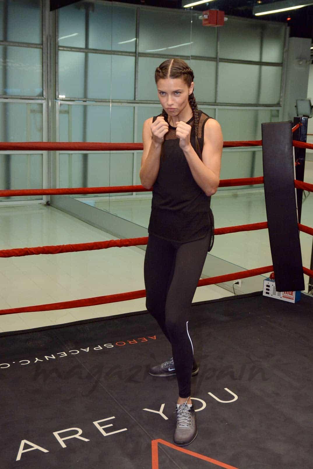 Adriana Lima boxeo