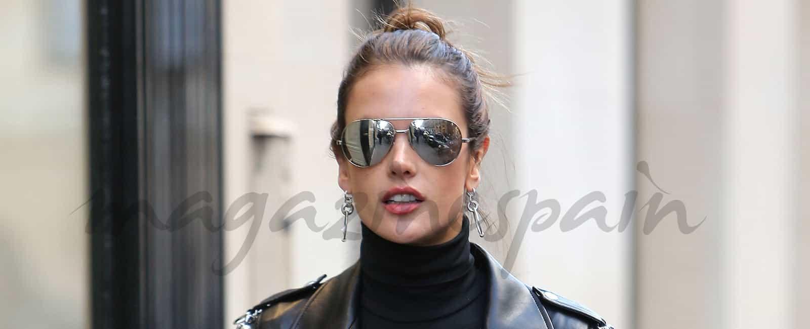 Alessandra Ambrosio la más elegante en París