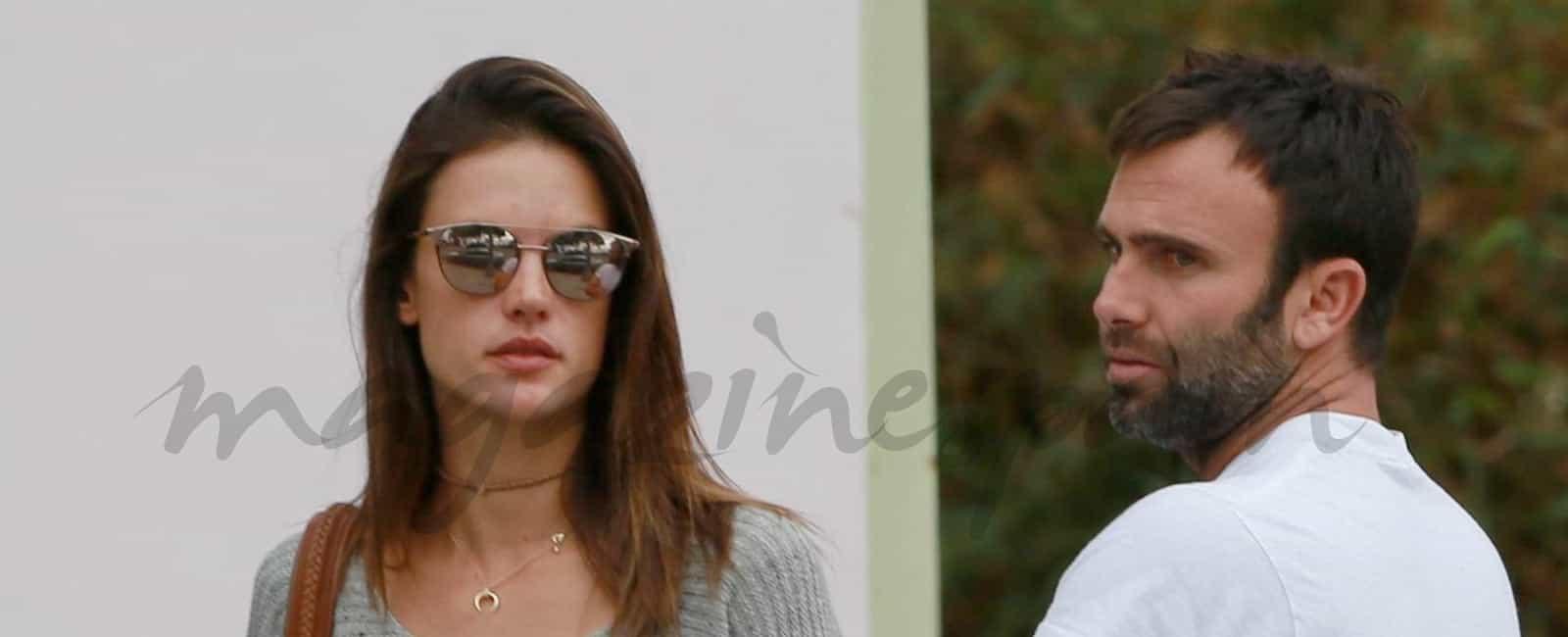Alessandra Ambrosio y su prometido Jamie Mazur, han roto
