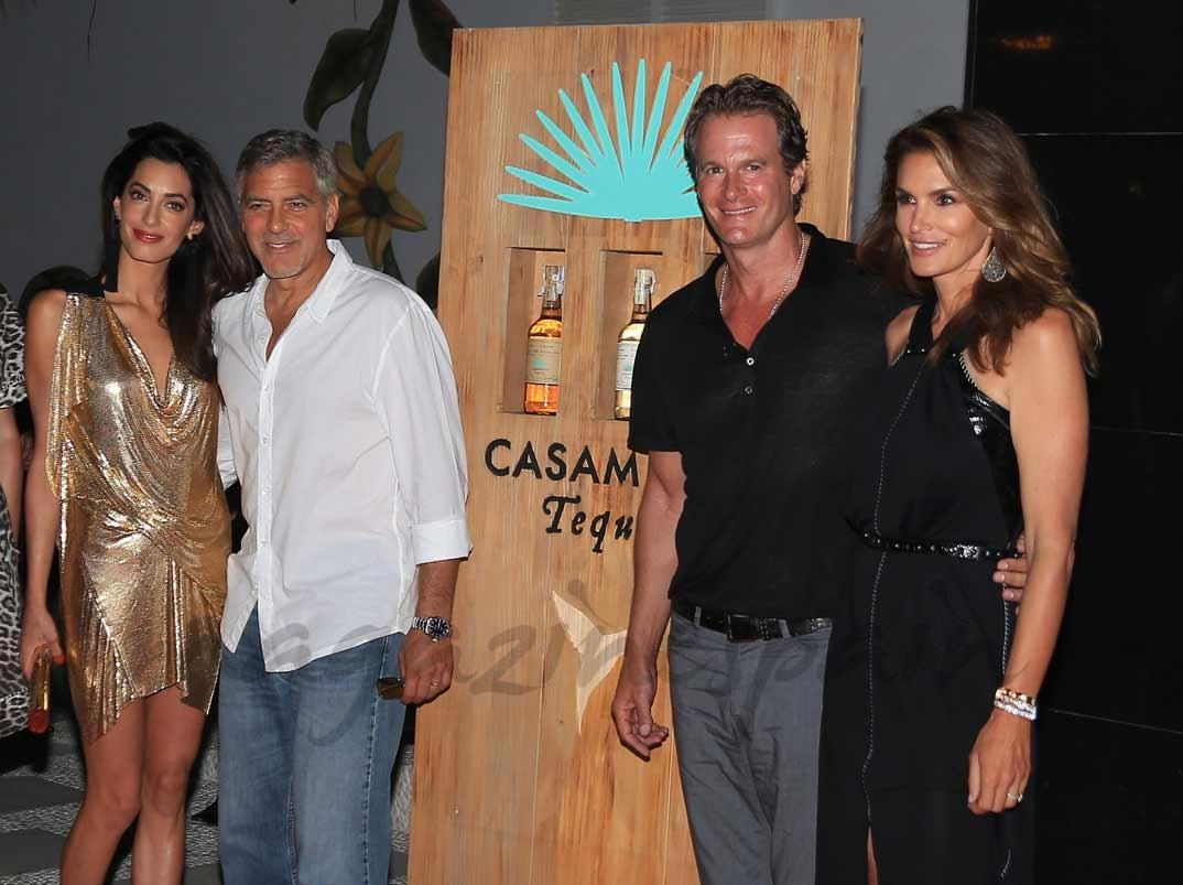 Amal y George Clooney con Rande Gerber y Cindy Crawford