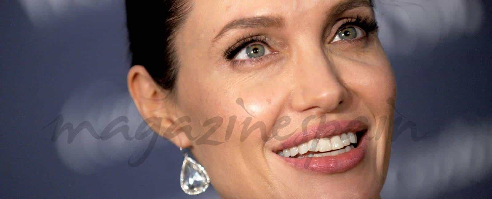 Así eran, Así son: Angelina Jolie 2006-2016