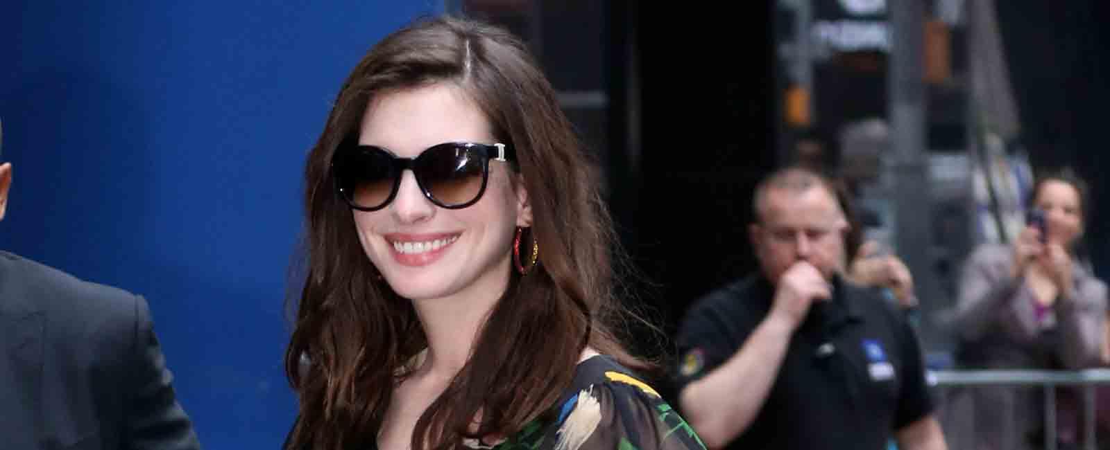 Anne Hathaway se apunta a la moda «low cost»