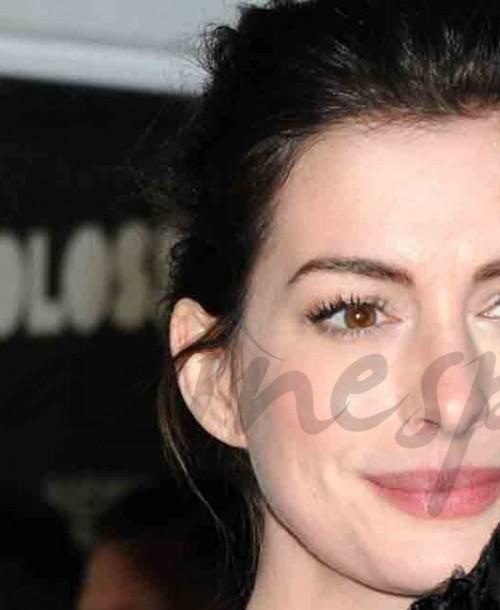 Anne Hathaway y su vestido imposible