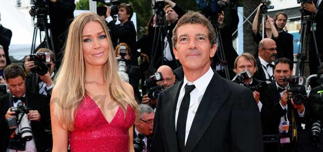 Antonio Banderas y Nicole Kimpel, enamorados en Cannes