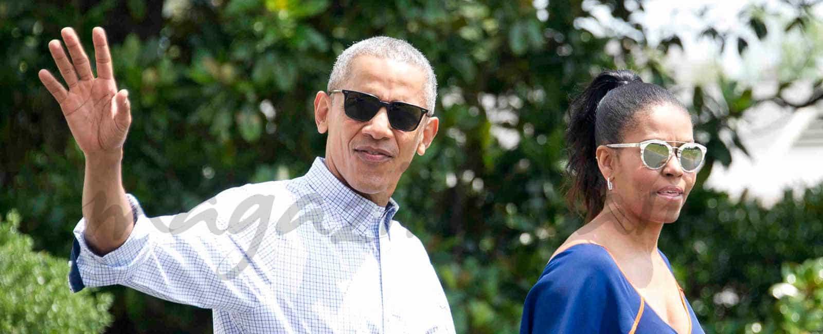 La familia Obama comienza sus vacaciones