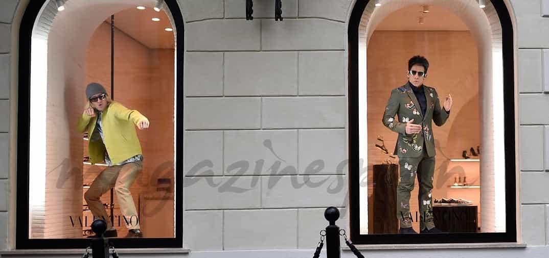 Ben Stiller y Owen Wilson, divertidos maniquíes en el escaparate de Valentino