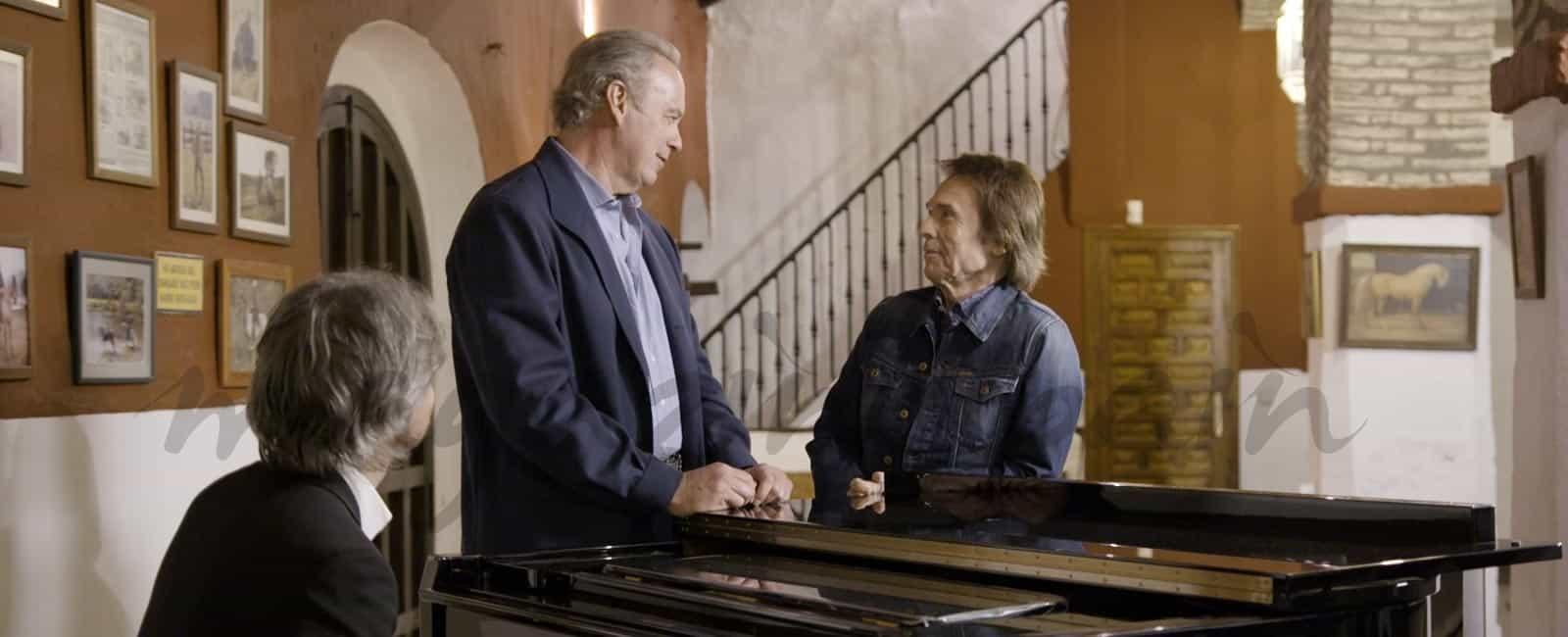 Bertín Osborne recibe a Raphael en el especial navideño de 'Mi casa es la tuya'