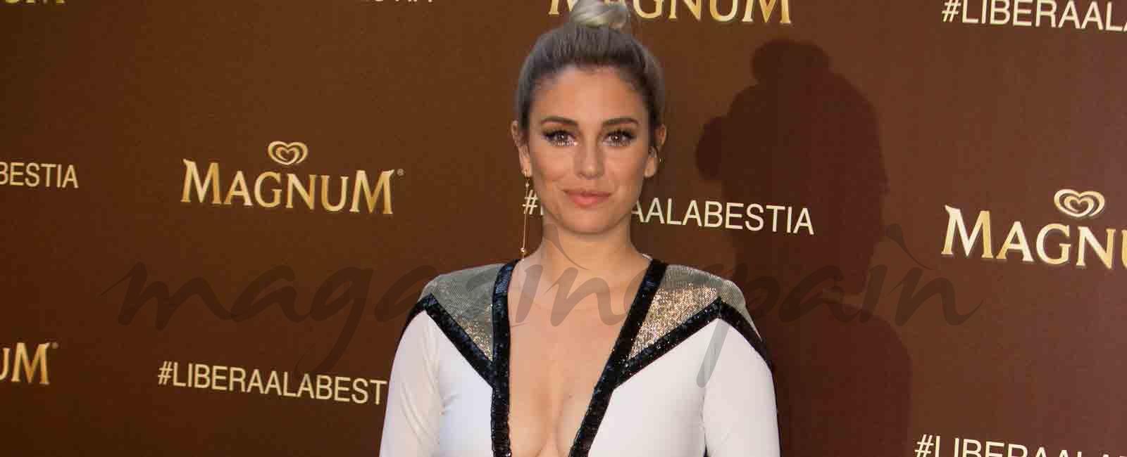 Blanca Suárez sube la temperatura con un vestido de Roberto Diz