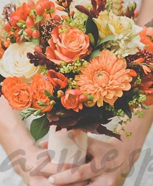 ¡Invitadas para bodas de primavera!