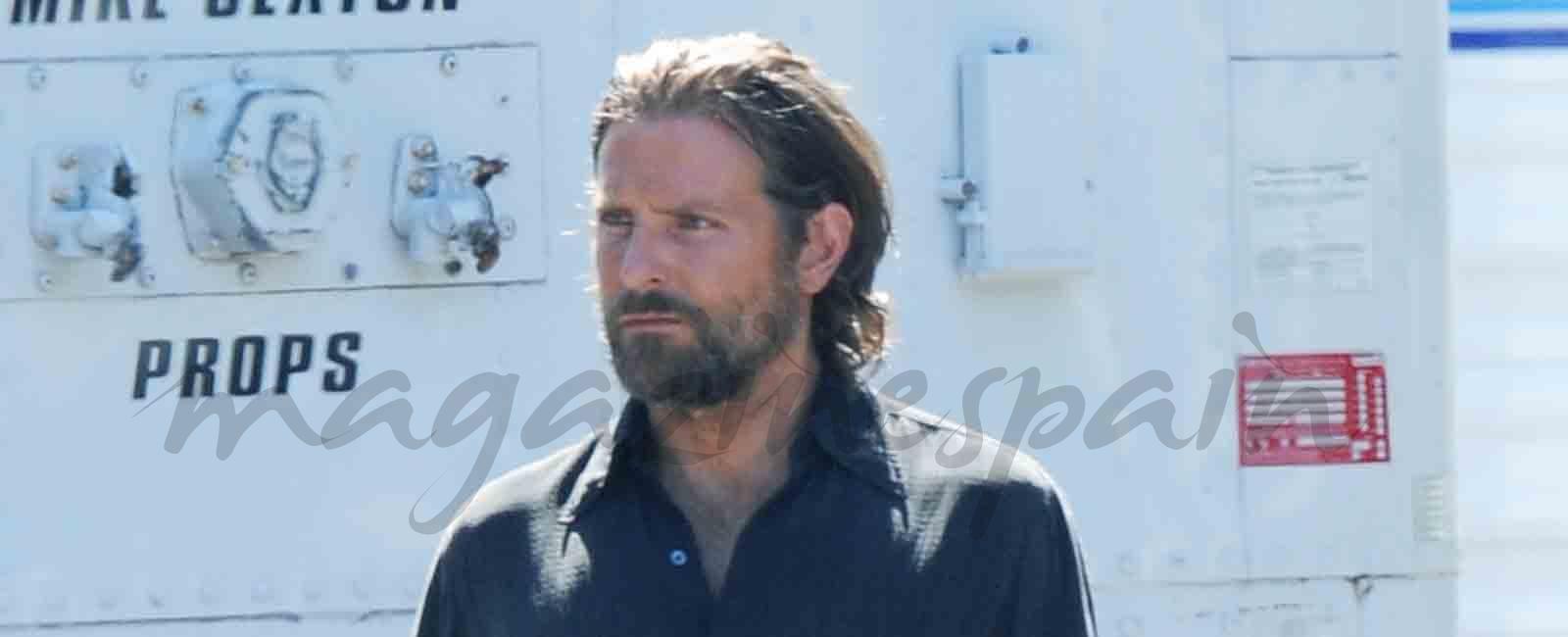 Bradley Cooper un atractivo roquero