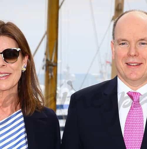 Carolina y Alberto de Mónaco, entregan los beneficios del Baile de la Rosa