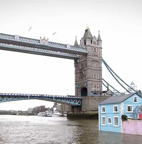 Una casa flotante en el Támesis