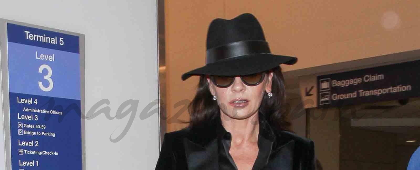 Catherine Zeta-Jones cambia también su estilismo