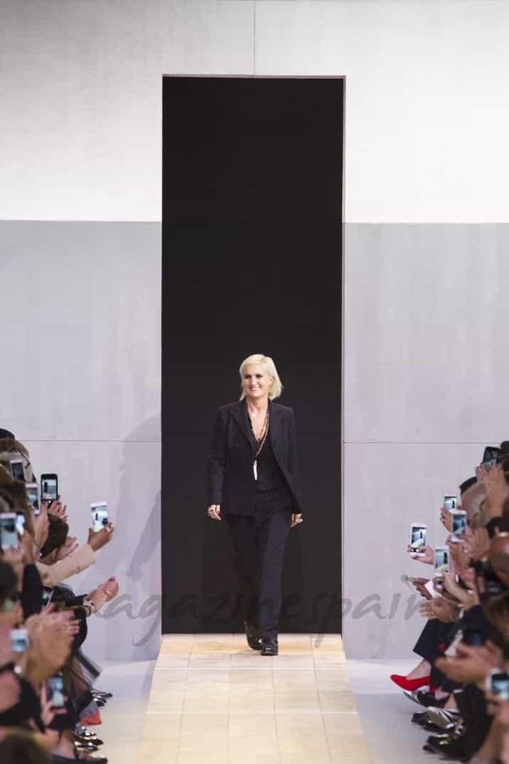 christian dior paris fashion week primavera verano 2017 maria grazia chiuri