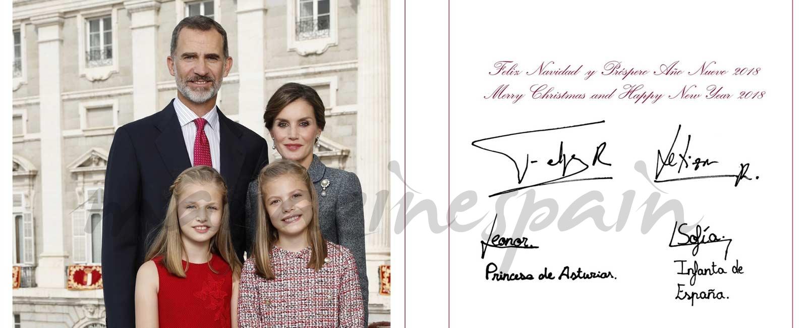 La felicitación navideña de los Reyes junto a sus hijas