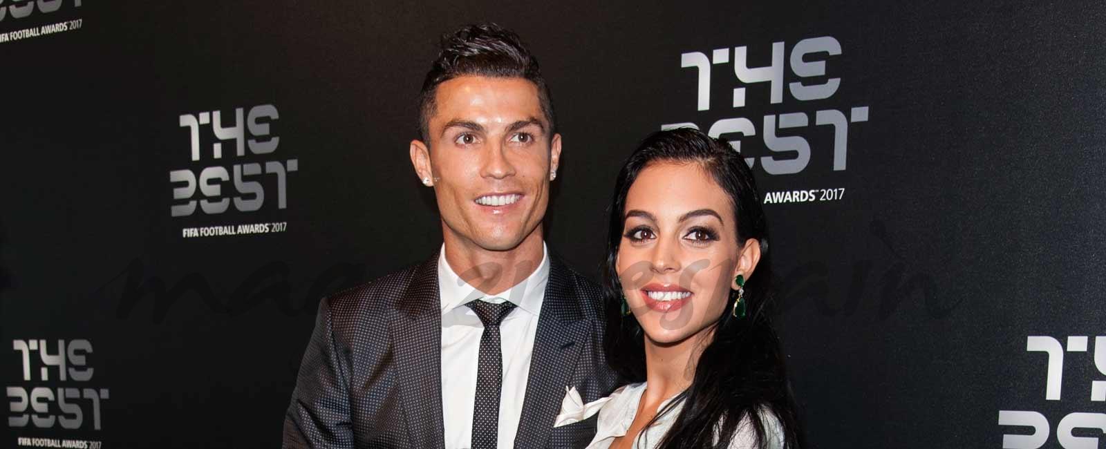 La primera imagen familiar de Cristiano Ronaldo con Georgina y sus cuatro hijos