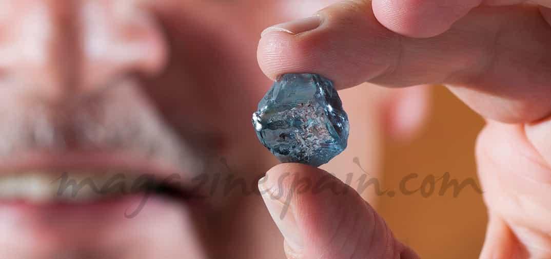Un raro diamante azul