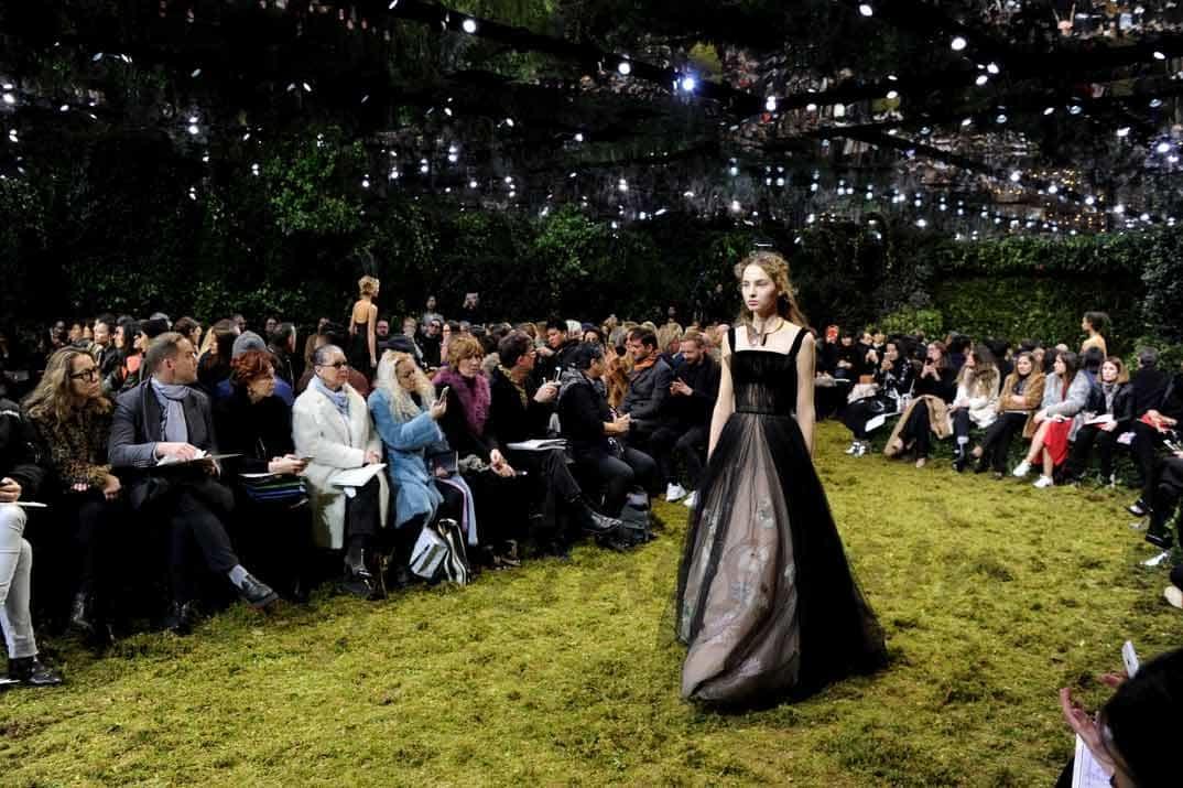 paris fashion week dior alta costura