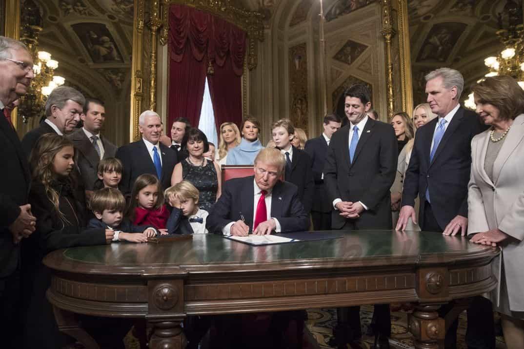 Donald Trump en la Casa Blanca con su familia