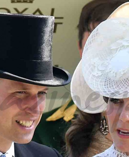Comienza el desfile de sombreros en Ascot