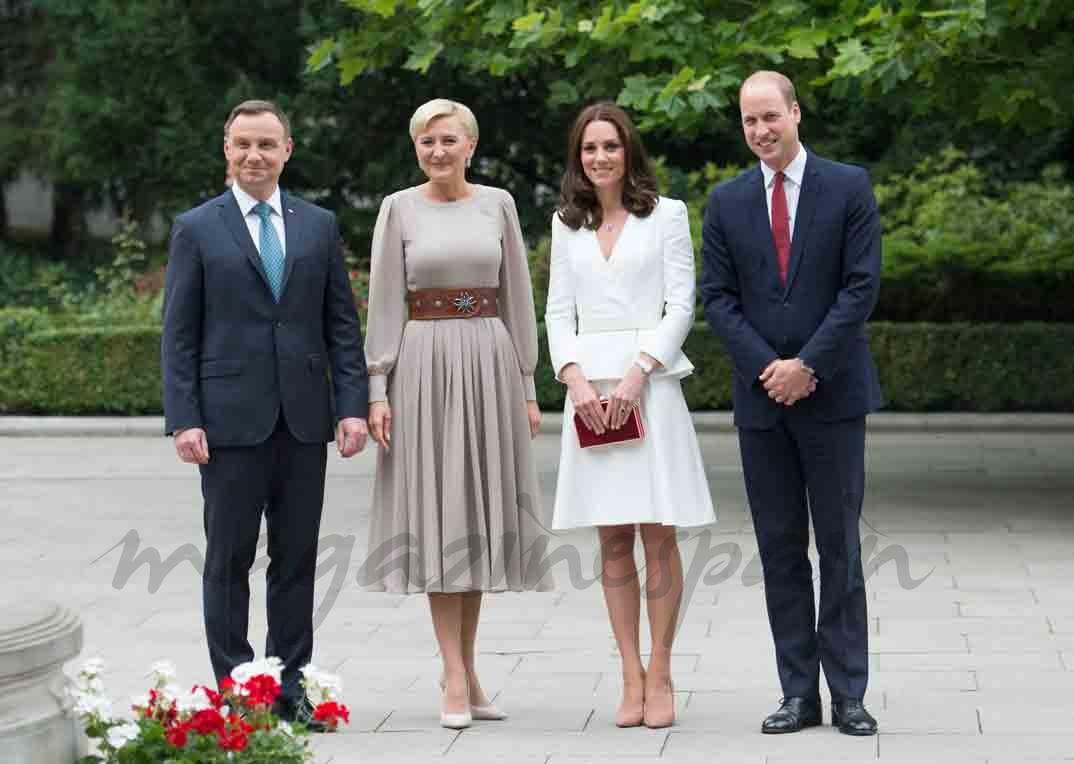 duques de cambridge y presidente de polonia con su esposa