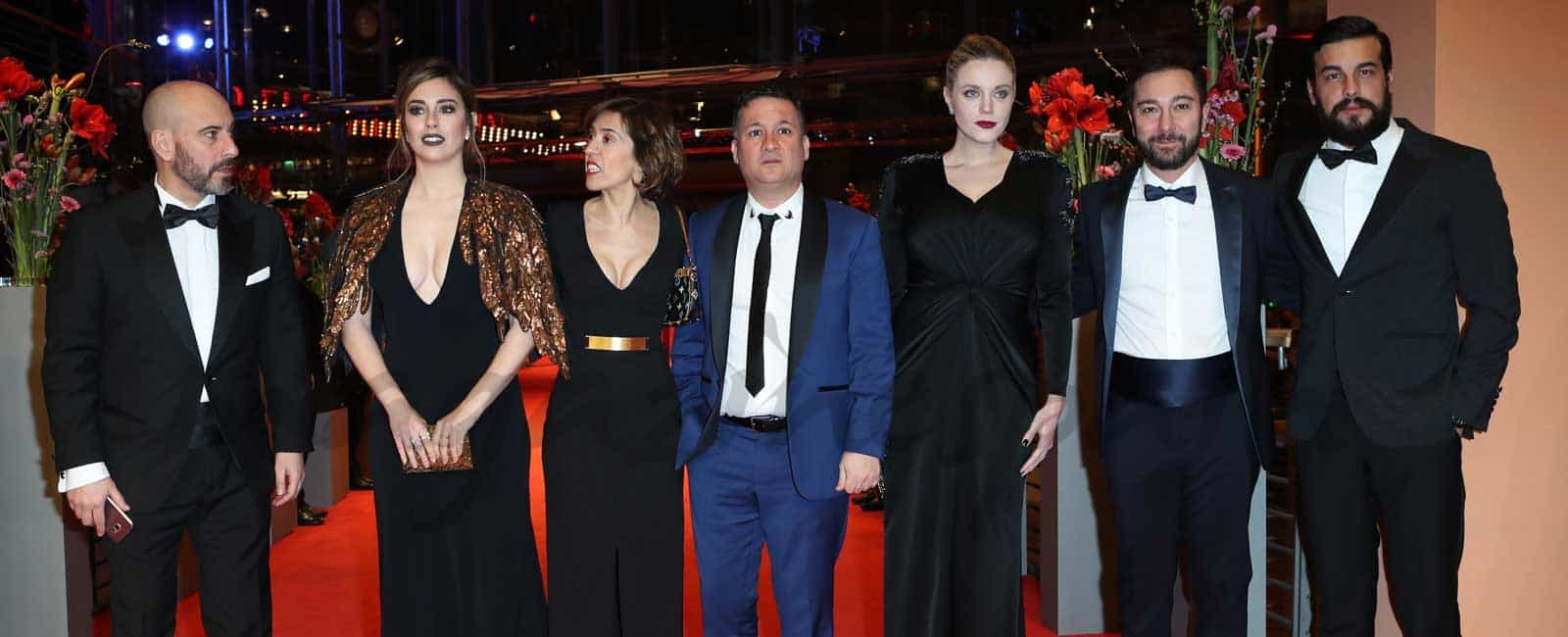 Blanca Suárez y Mario Casas llevan «El Bar» de Álex de la Iglesia a La Berlinale