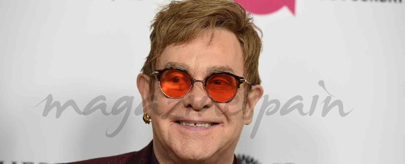 Elton John en «peligro de muerte»