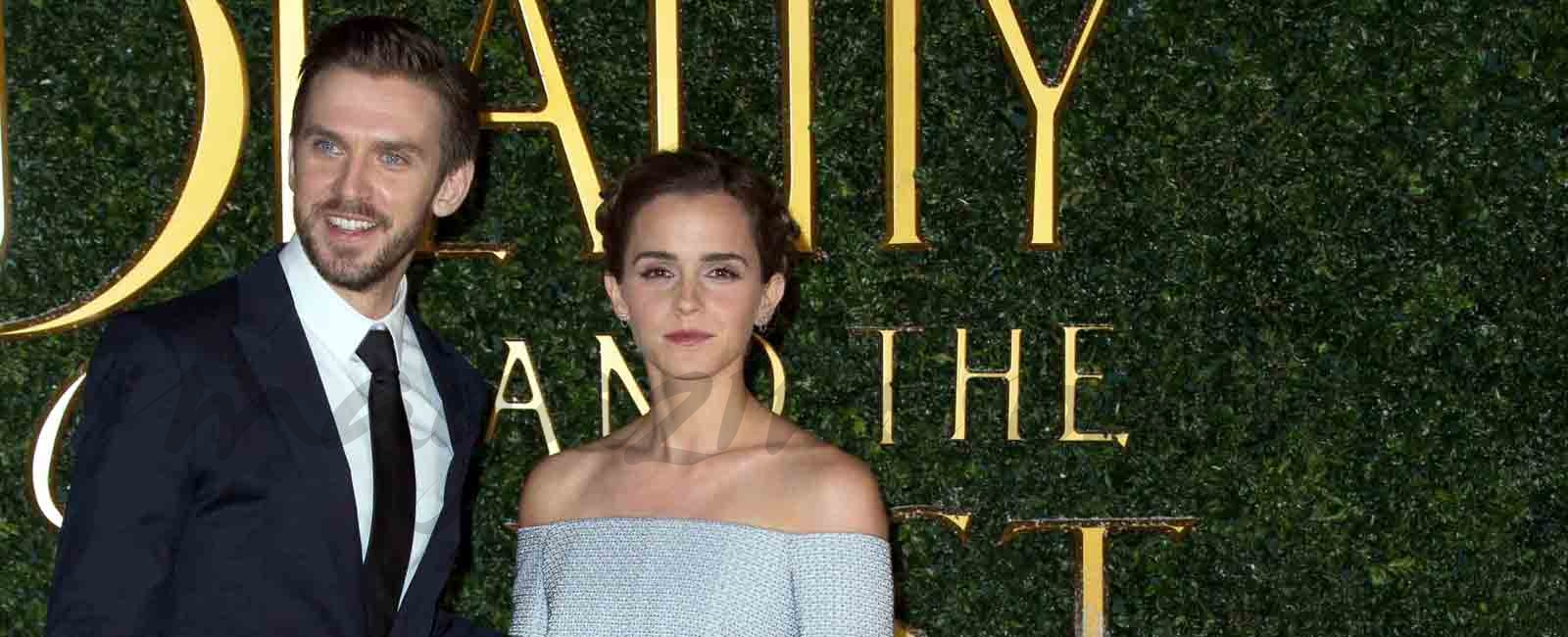 Emma Watson se viste de princesa en el estreno de «La Bella y la Bestia»