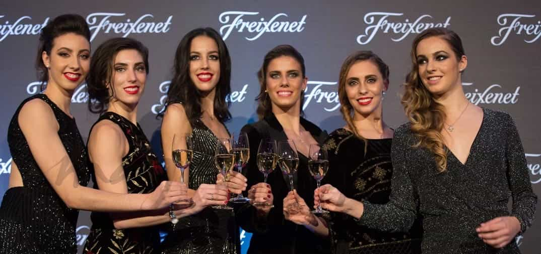 Las chicas del equipo de «Gimnasia rítmica», nuevas «burbujas» Freixenet