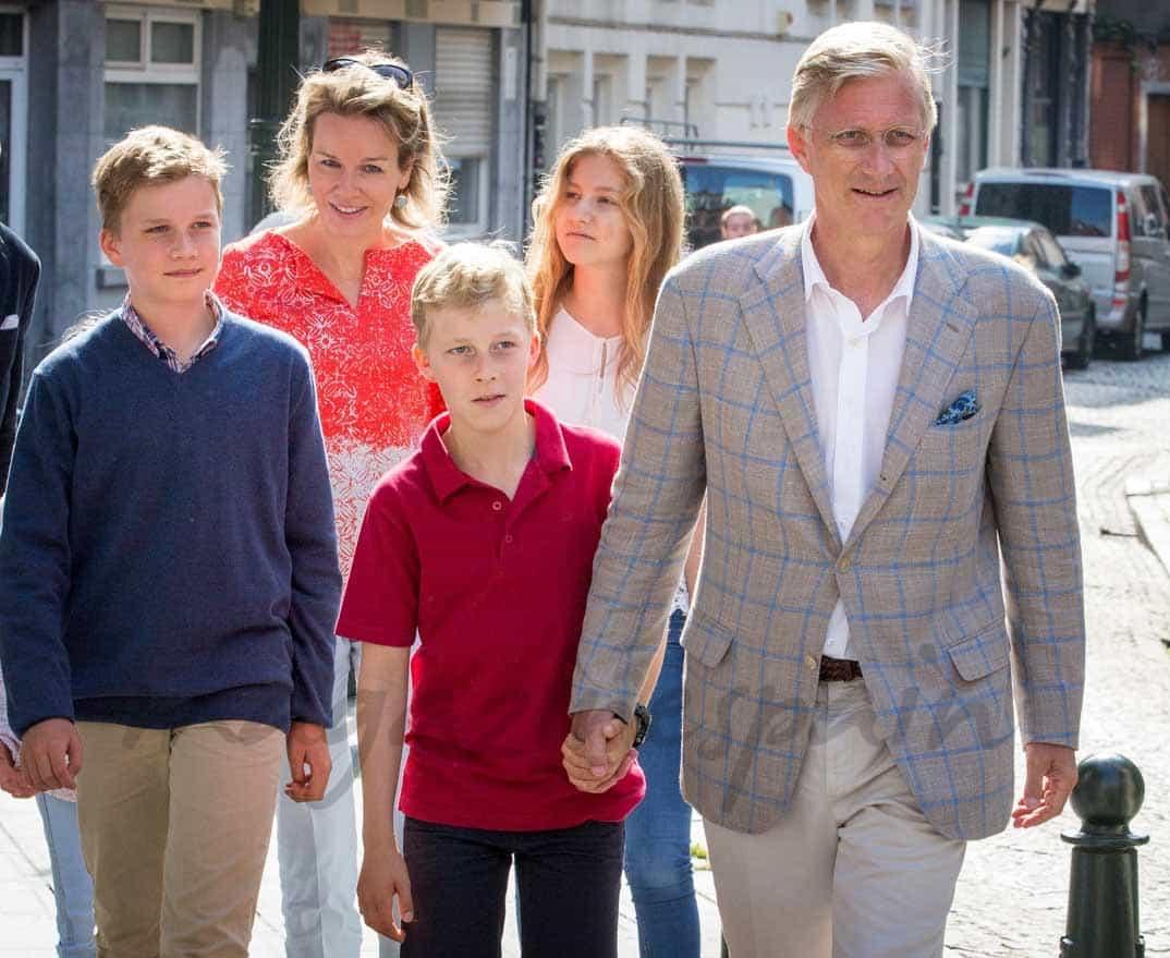 familia real belga celebra el dia sin coches