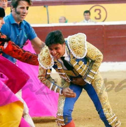 En Huesca, gravísima cogida de Fran Rivera