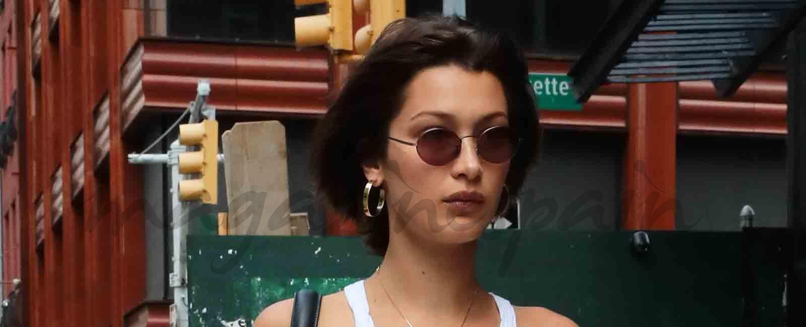 """Bella Hadid fiel seguidora de la tendencia """"braless"""""""