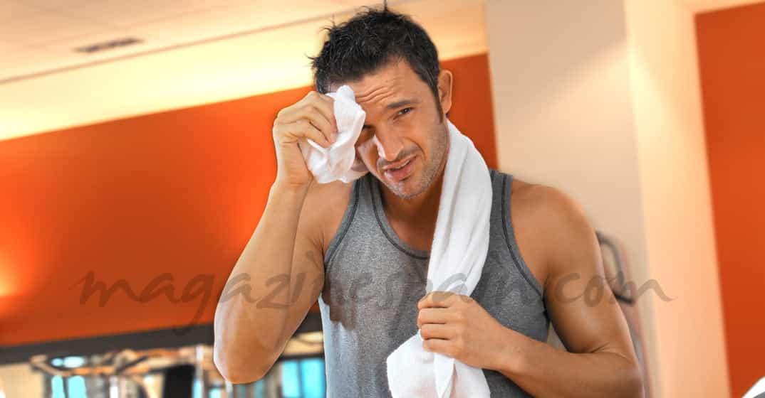 Lo que no debe faltar en tu taquilla del gym