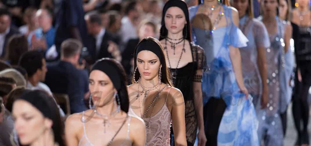 Desfile de top models seducidas por Givenchy