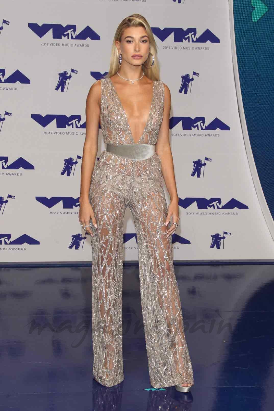 Hailey Baldwin - MTV Video Music Awards