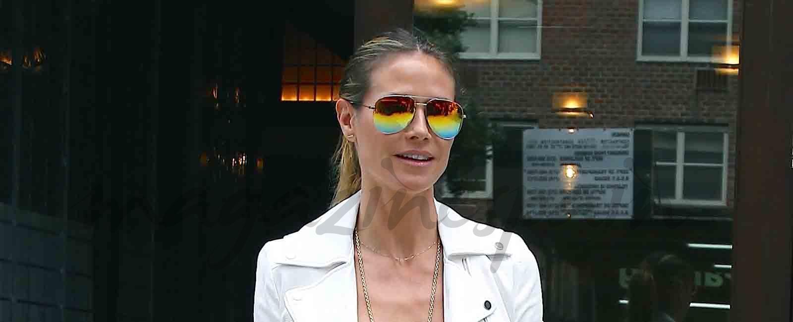 Heidi Klum y las gafas de aviador que querrás tener