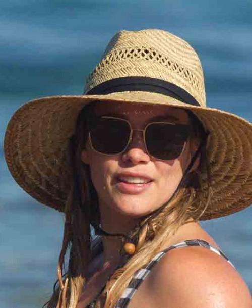 Hilary Duff orgullosa de su atlética figura