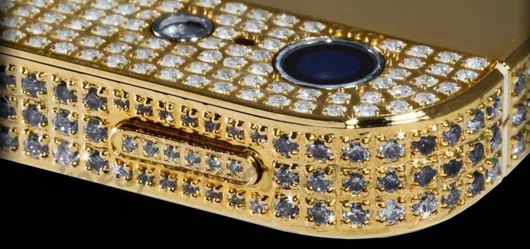 Dos iPhone de un millón de dólares