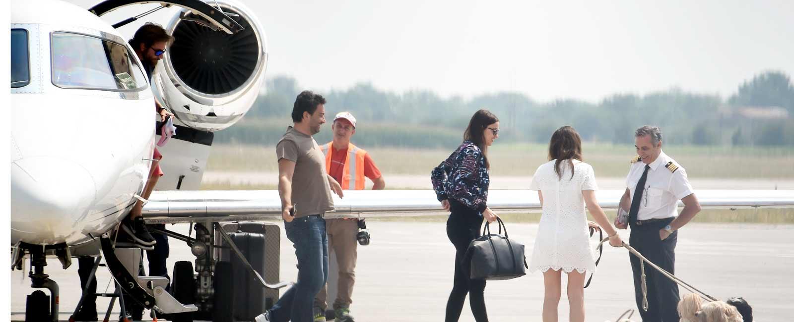 Irina Shayk y Bradley Cooper comienzan sus vacaciones