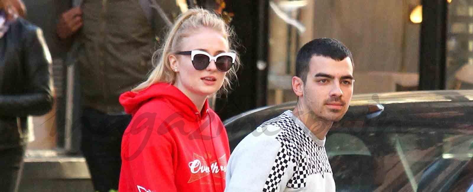 Joe Jonas y Sophie Turner una pareja feliz