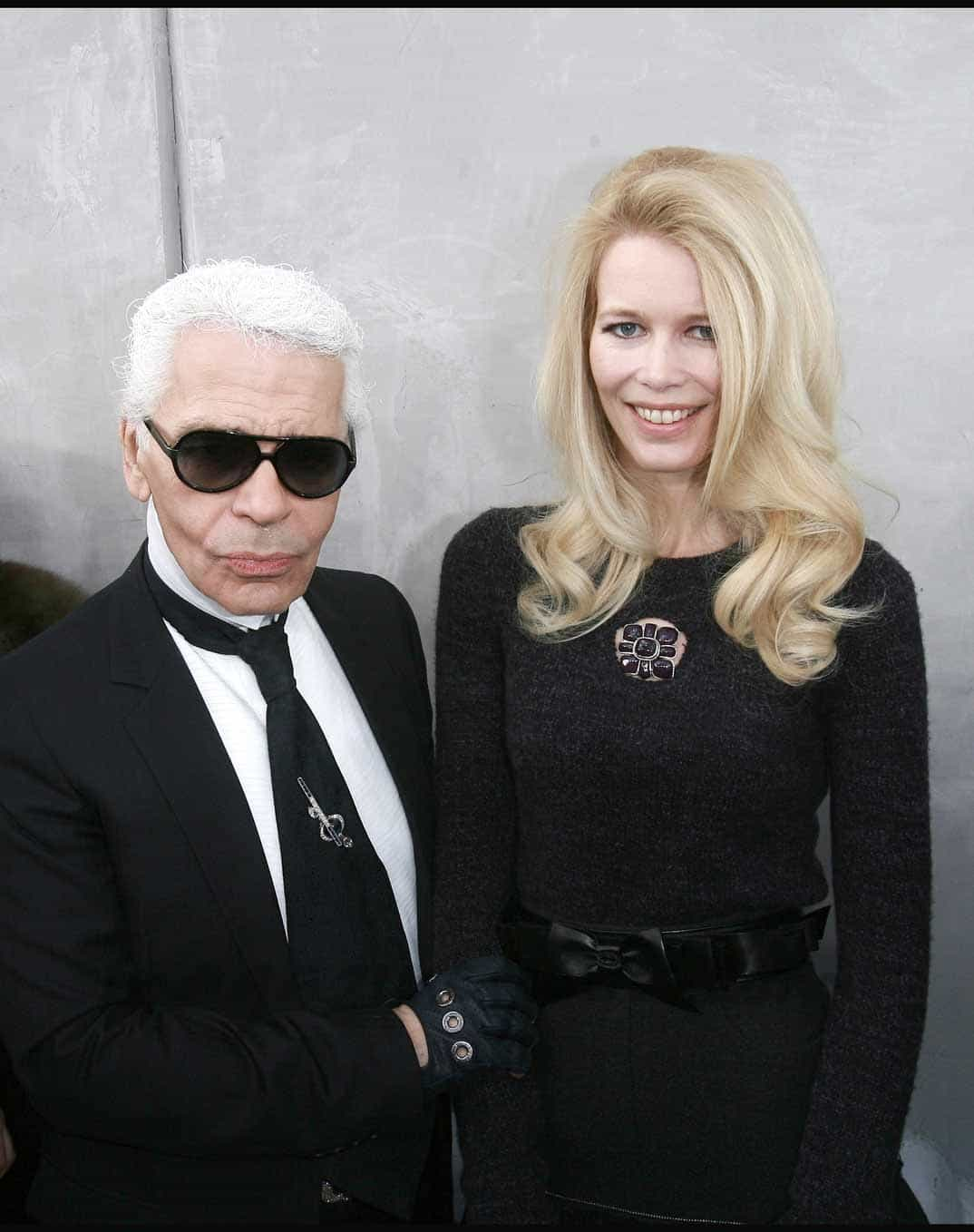 Claudia Shiffer y Karl Legerfeld