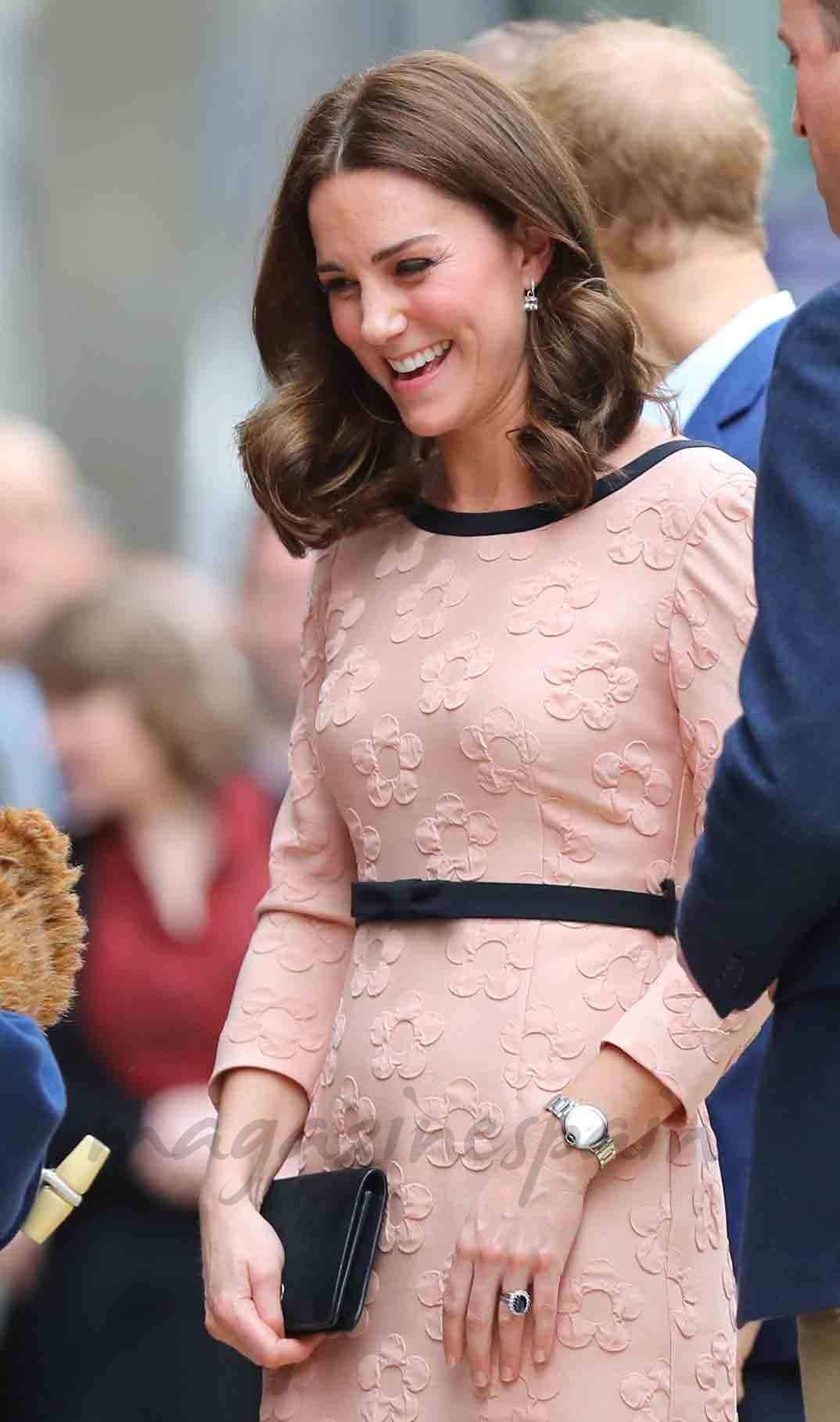 Vistoso Kate Middleton Vestido Segunda Boda Ilustración - Ideas de ...