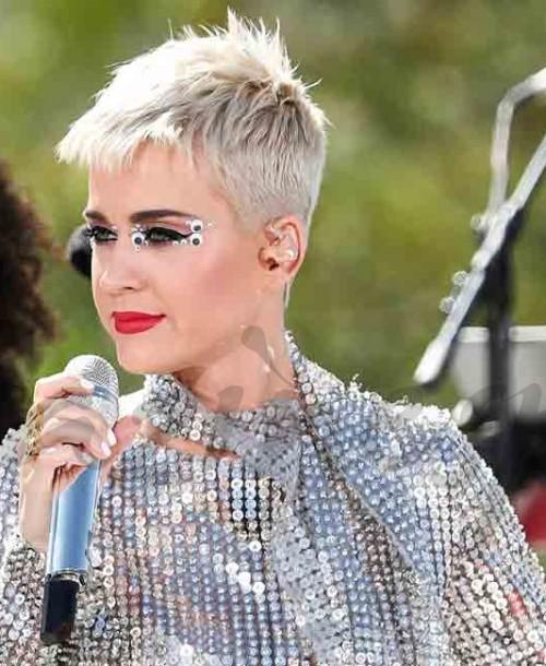 Katy Perry confiesa haber tenido pensamientos suicidas