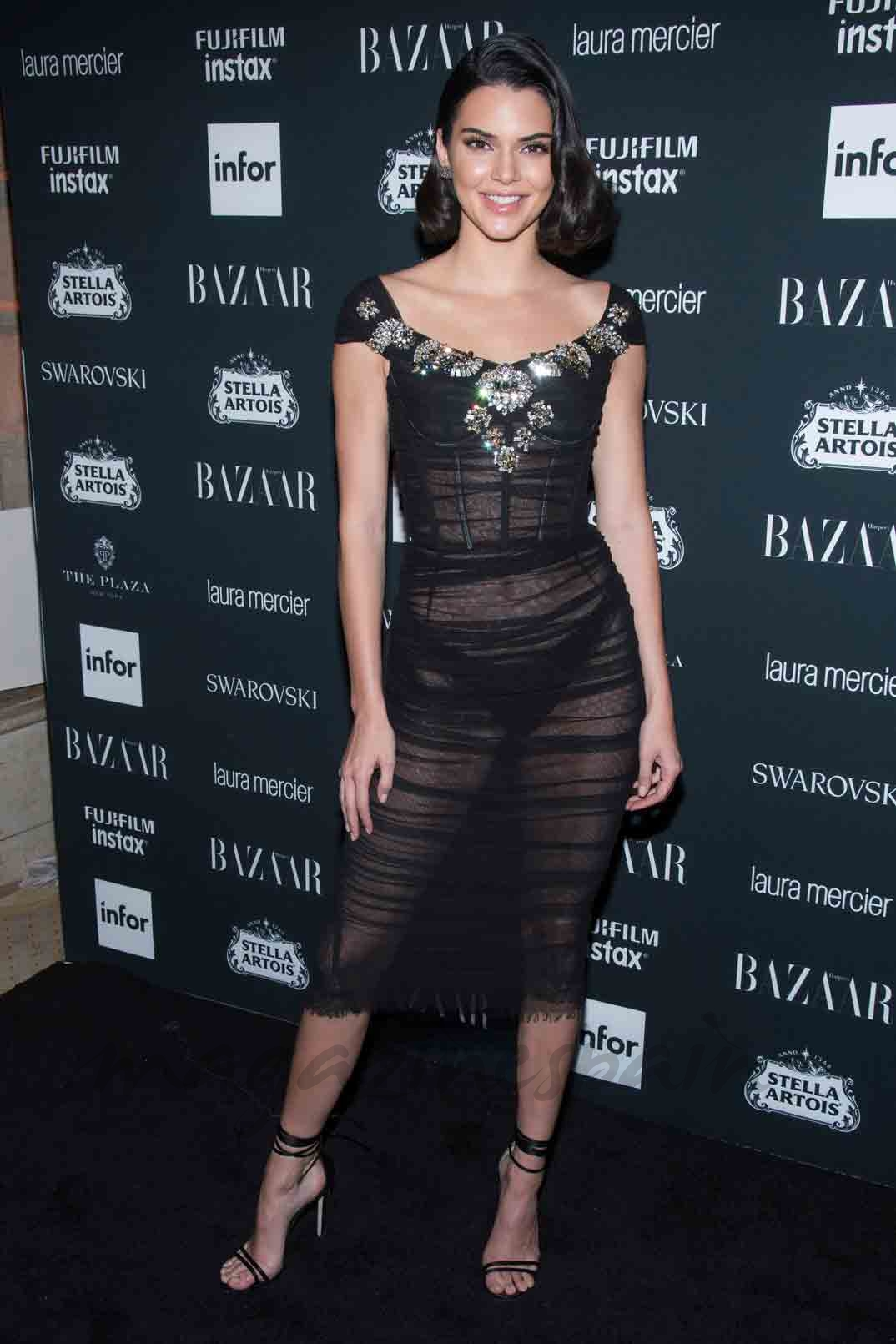 kendall jenner contrato television