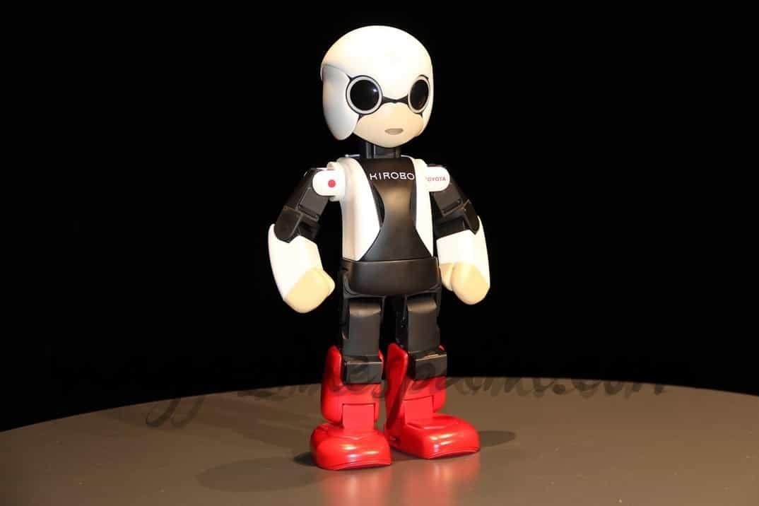 Kirobo, un robot de 34 centímetros