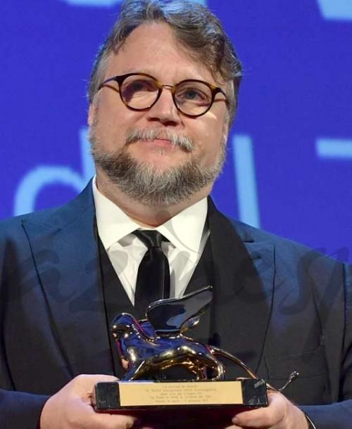"""Guillermo del Toro gana el León de Oro con """"La forma del agua"""""""