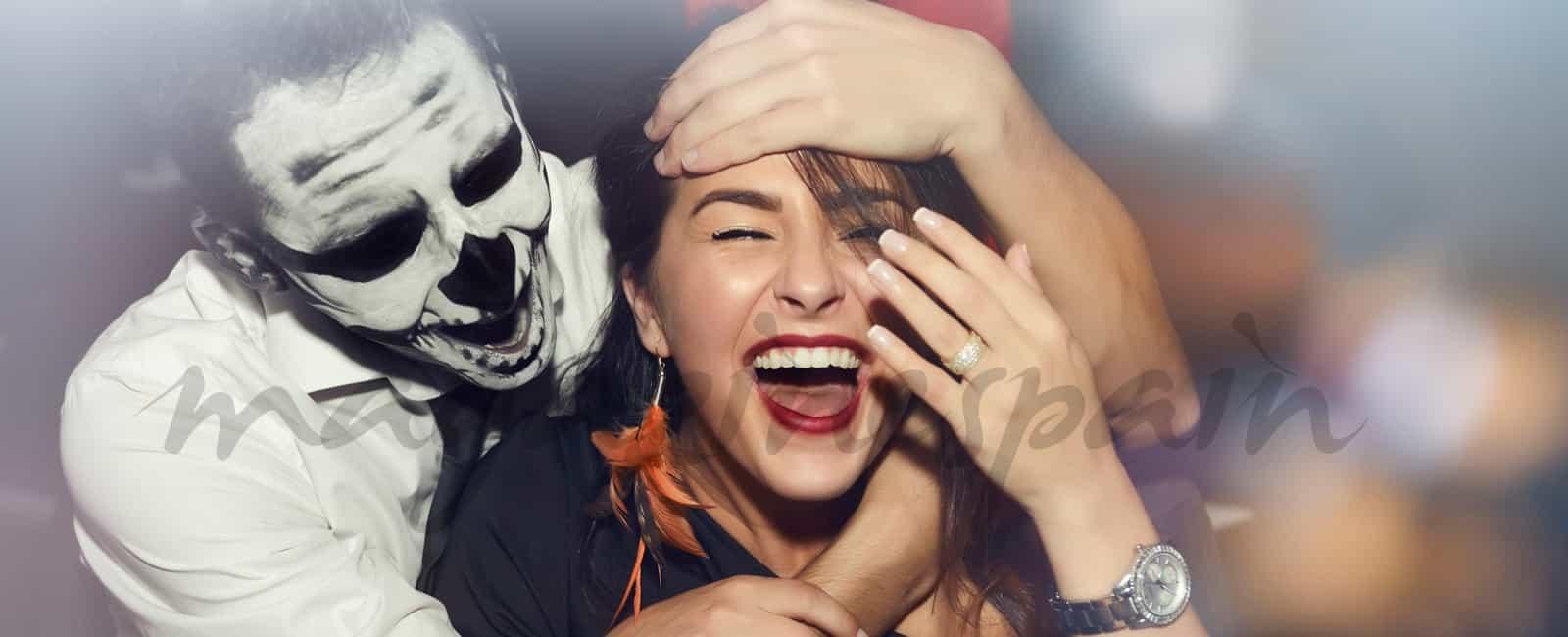 Los mejores disfraces de Halloween para encontrar tu «media calabaza»